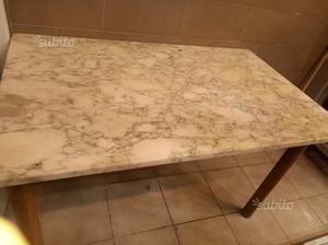Tavolini Di Marmo Trastevere : Tavolo di marmo e legno con sedie posot class