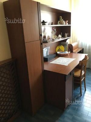 Mobile scrivania con scaffale posot class for Scrivania con mobile