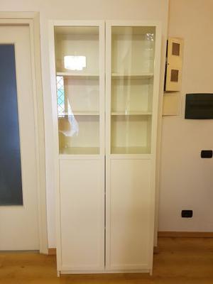 Ikea Ante Vetro Billy.Libreria Linnarp Ikea Rossa Con Ante In Vetro Posot Class