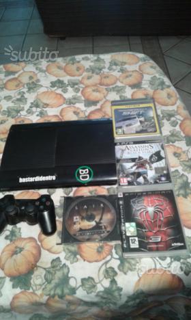Playstation 3 da 500 giga e 4 giochi