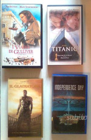 4 VHS Film Best Seller (Il Gladiatore, Titanic,.)
