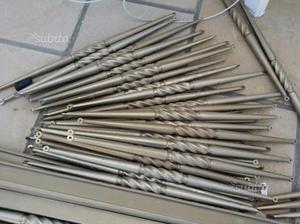 Bacchette in alluminio lavorate per una ringhiera
