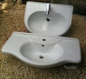Lavella da bagno o da esterno posot class for Lavandini per bagno
