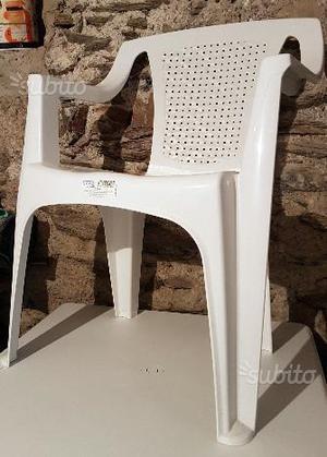 Tavolo e 4 sedie da giardino
