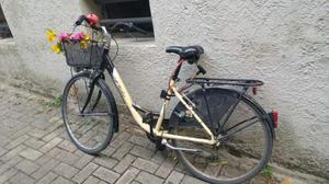 Bicicletta da donna in perfetto stato completa di tutto!