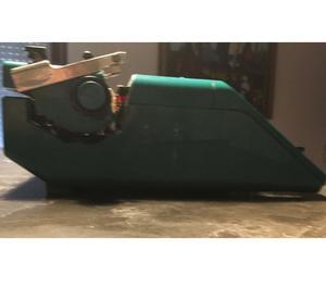 Olivetti STUDIO 45 macchina da scrivere vintage con CUSTODIA
