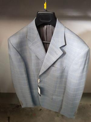 Stock di abbigliamento da uomo