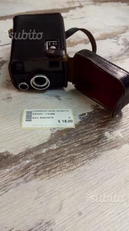 Cinepresa Kodak Istamatic ()