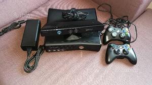 Xbox 360 Slim, 2 Joystick, Kinect,