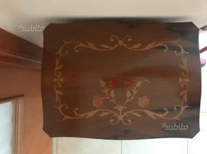 Mobiletto in legno con 3 cassetti