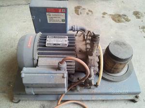 Pompa controllo metallurgico sotto vuoto