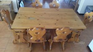 Tavolo e 6 sedie in legno