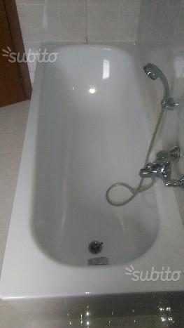 Vasca da bagno + rubinetteria