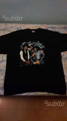T shirt jackson