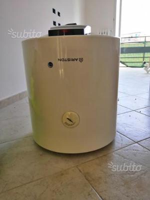 Scaldabagno elettrico ariston 50 litri posot class - Montaggio scaldabagno elettrico ...