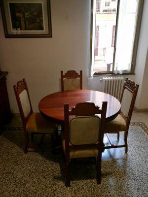 tavolo in legno, rotondo, allungabile, con 6 sedie