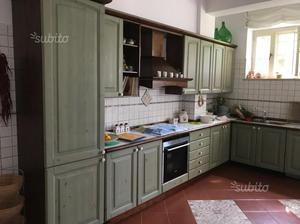 Cucina in legno massello grattarola