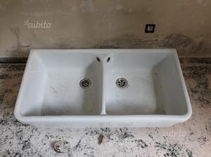 Lavabo a due vasche