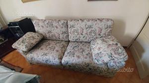 Coppia divani in legno massello