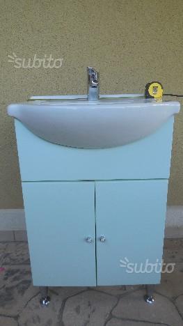 Lavabo bagno + mobiletto + miscelatore + specchio