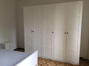 Mobili camera da letto armadio, cassettiera, letto, comodino