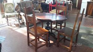 Tavolo e 4 sedie in stile legno massiccio