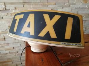 Vecchia insegna Taxi
