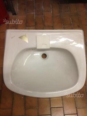 Vendita Set Sanitari Bagno e Accessori