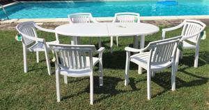 Set da giardino con tavolo e sedie in resina di Allibert