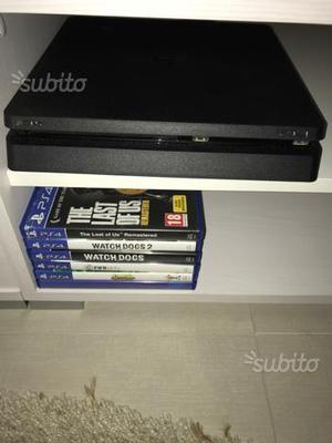 Console ps4 1 Tb 2 joypad e 5 giochi