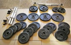 Manubri pesi allenamento body building