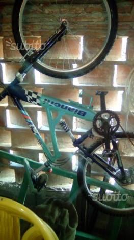 Mountain bike bianchi misura 26
