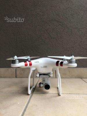 Drone DJI Phantom 3 Come nuovo