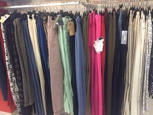 Stock pantaloni jeans donna taglie forti