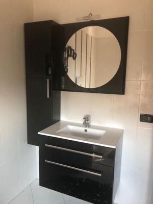 Mobile bagno con lavabo