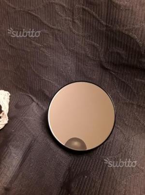 Specchietto con ventose