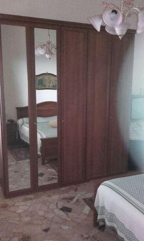 Stanza da letto completa posot class - Deumidificare stanza da letto ...