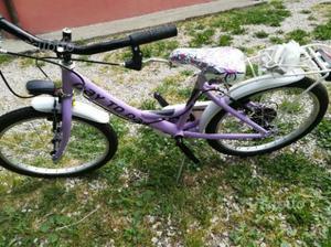 Bicicletta da bambino e bambina nuove
