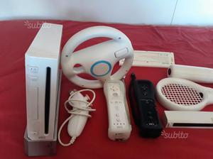 Nintendo Wii bianca con giochi e accessori