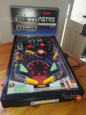 Flipper giocattolo anni '90 Tomy Astro Shooter