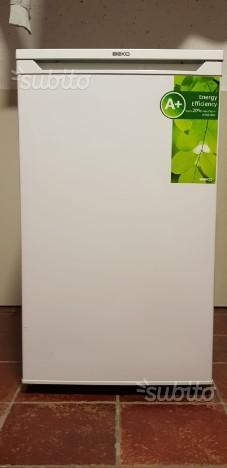 Congelatore a tre cassetti come nuovo