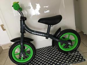 Bicicletta bimbo senza pedali