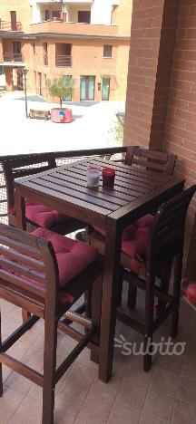 Tavolo bar completo di 4 sedie