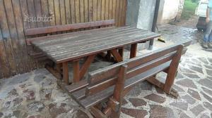 Tavolo e panche legno massiccio