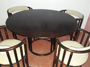 Tavolo ovale in modellino con 4 sedie