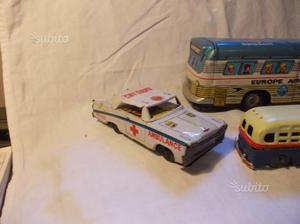 Autobus in latta