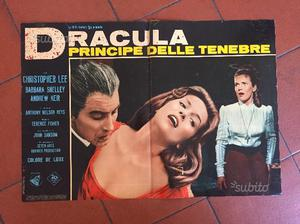 """2 fotobuste """"Dracula principe delle tenebre"""""""