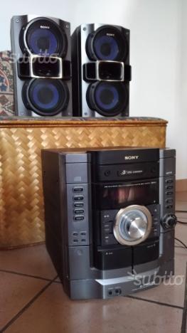 Impianto stereo sony comune nascosto posot class - Impianto stereo per casa ...