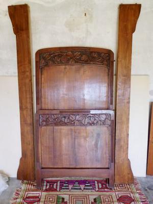 Letto antico Liberty primi '900 in legno massello senza
