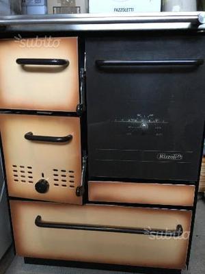 Cucina legna usata posot class for Caldaia a legna usata vendo